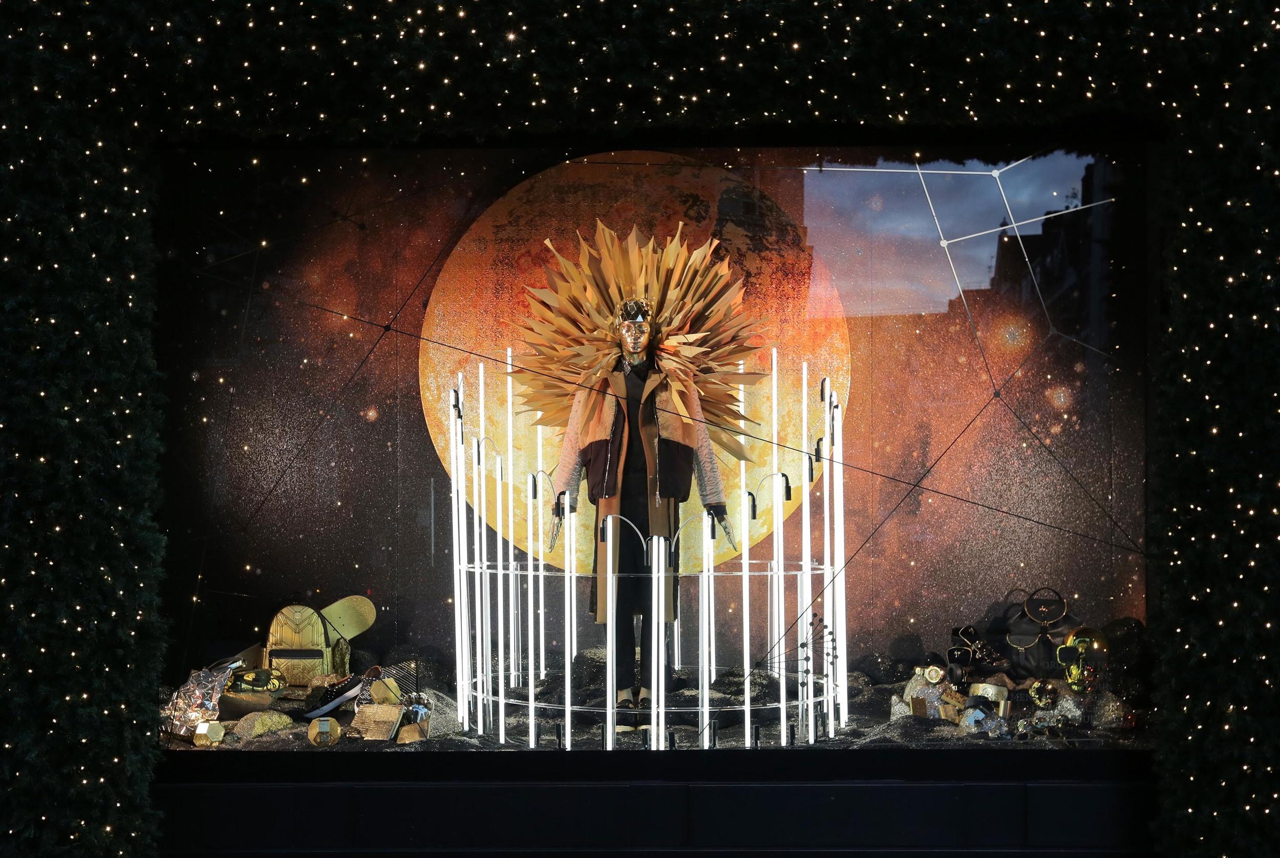 Selfridges Christmas Windows 2015_Journey to the Stars_Zodiac Leo.jpg