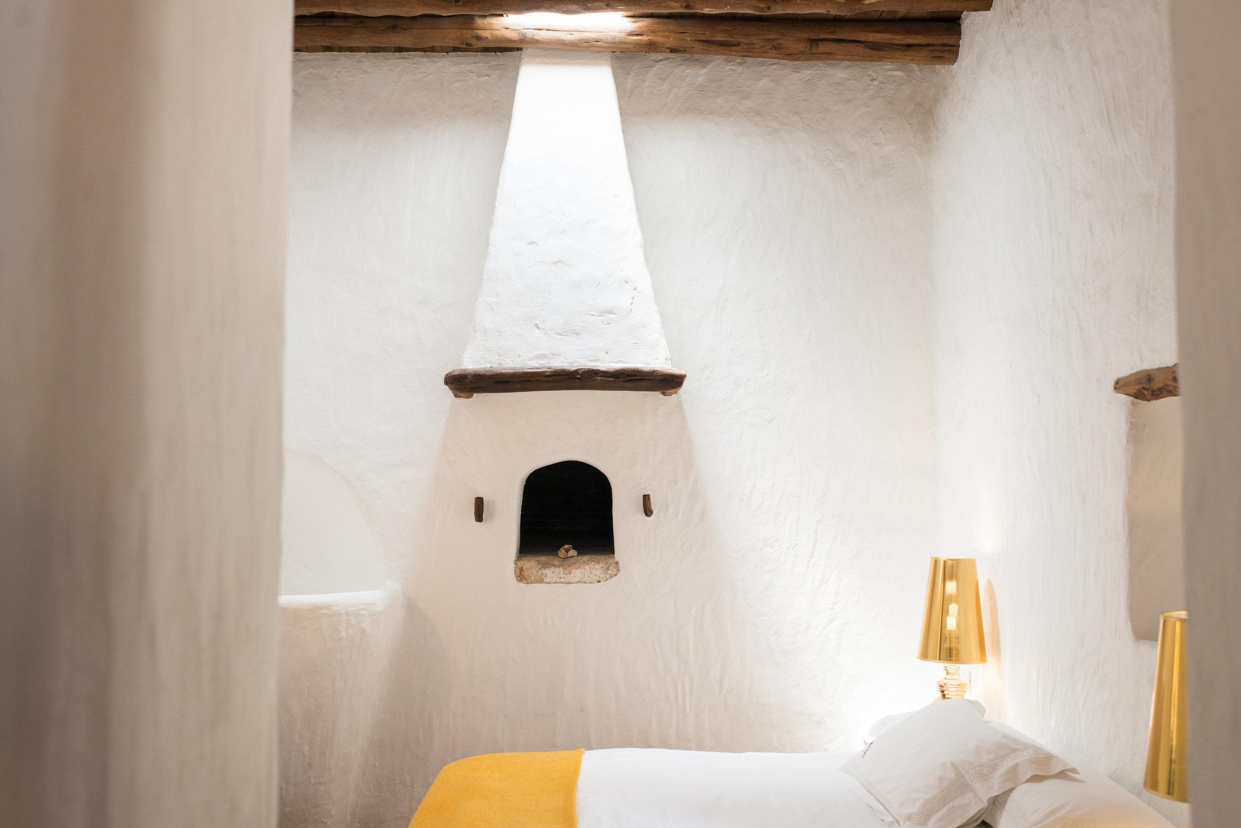 Casa la Vista finca bedroom 2.jpg