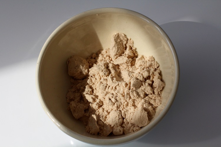 Peruvian marching powder! Maca is a natural powder that can help with energy levels & hormones big time.