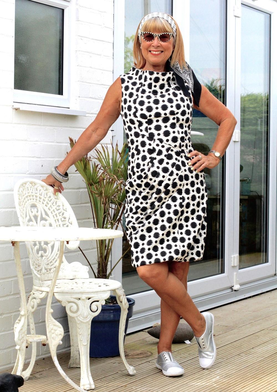 Beautiful dress by James Lakeland.