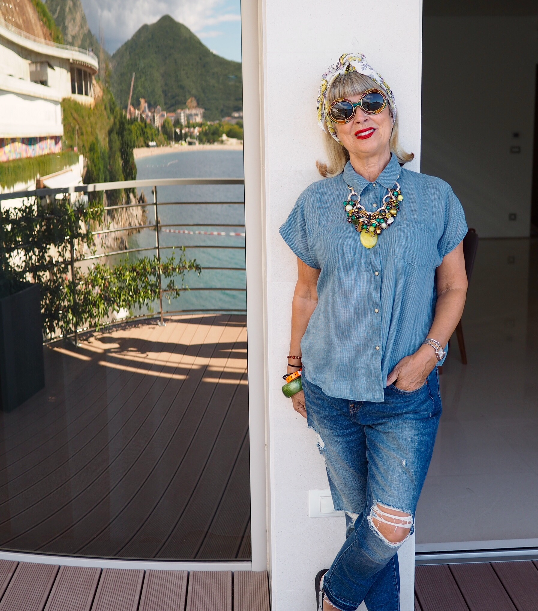 Vintage scarf & sunnies, with All Saints shirt & Gap jeans.