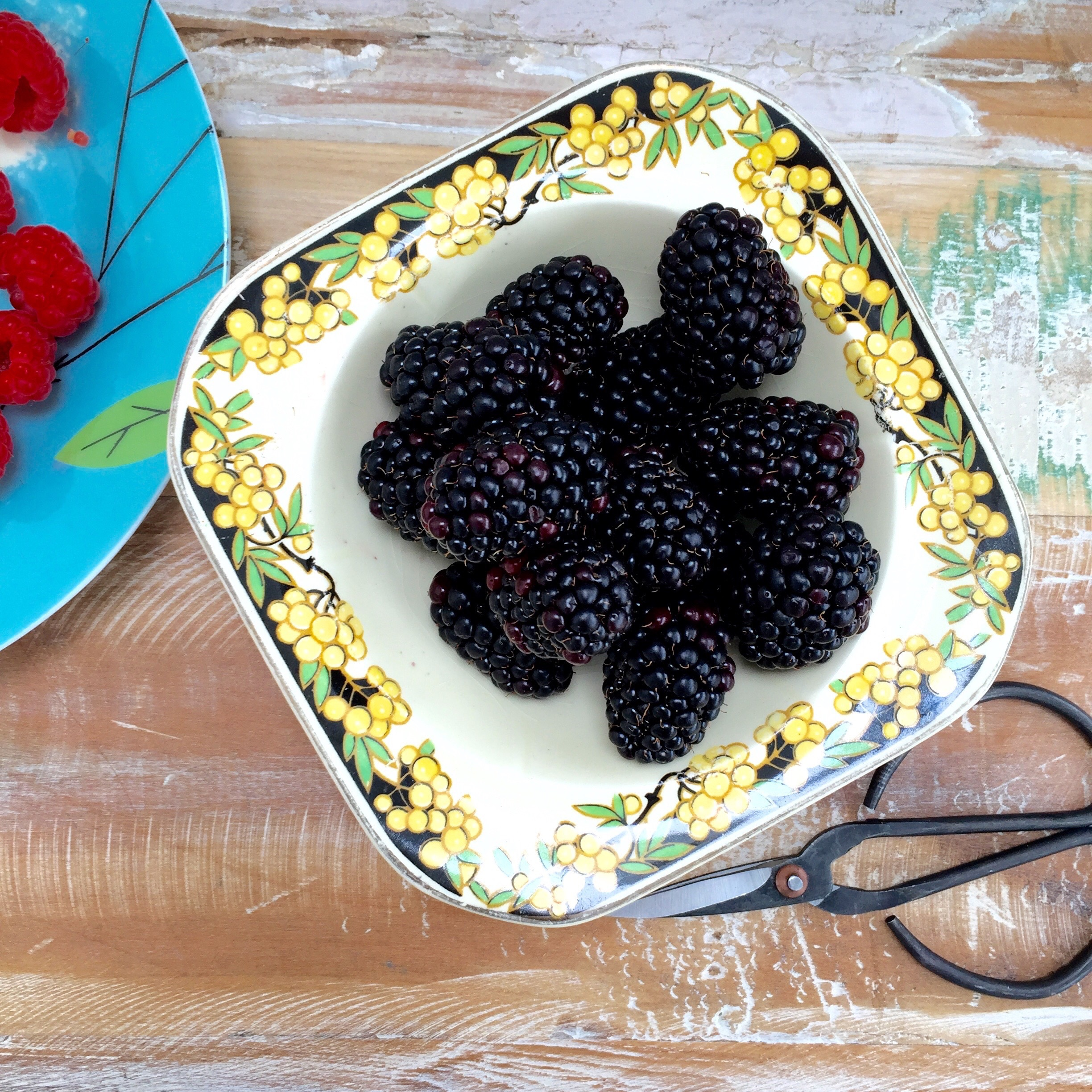 All berries are packed full of antioxidants and will give you a big boost of health.