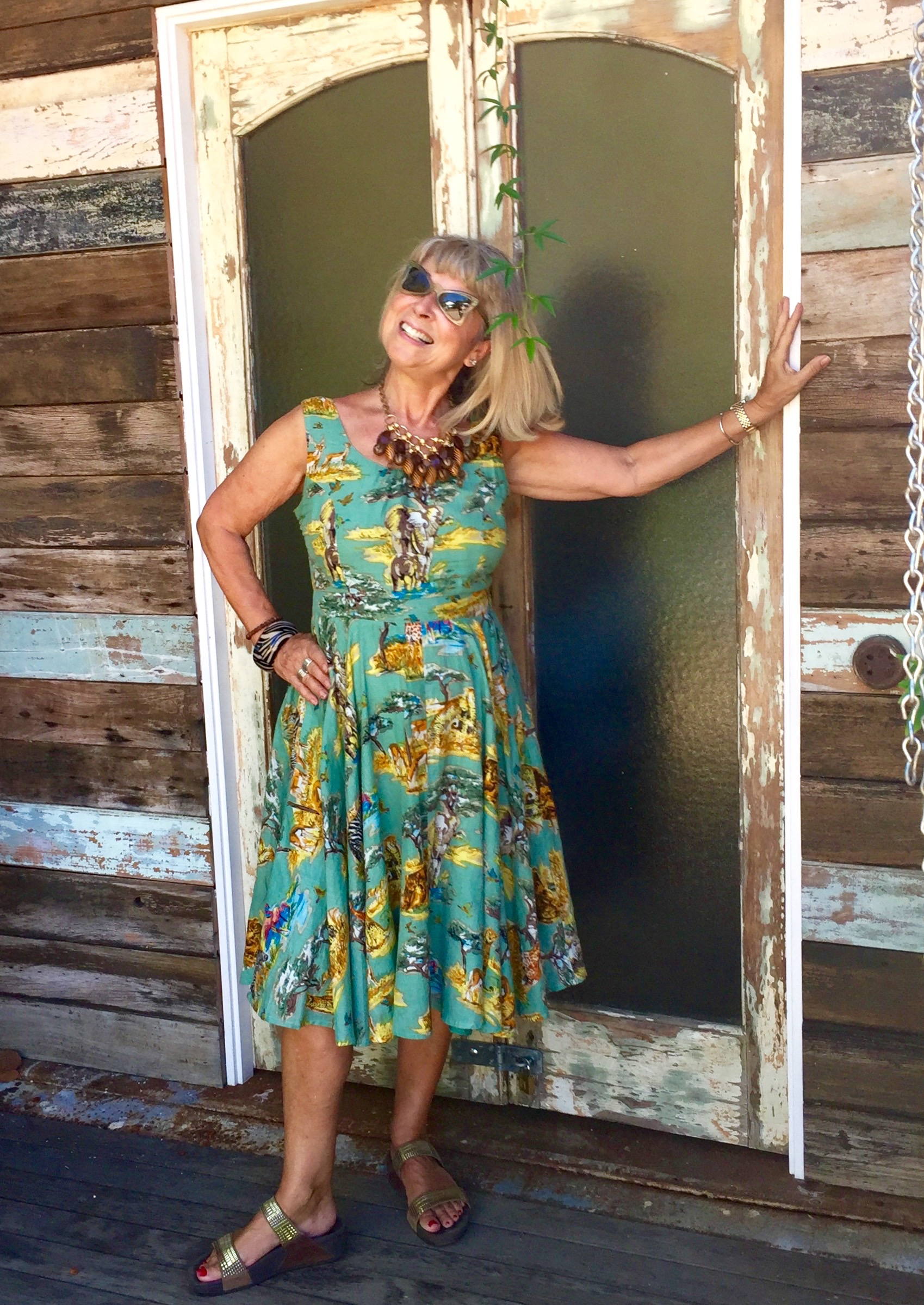 Love a cotton summer dress in a vintage style.