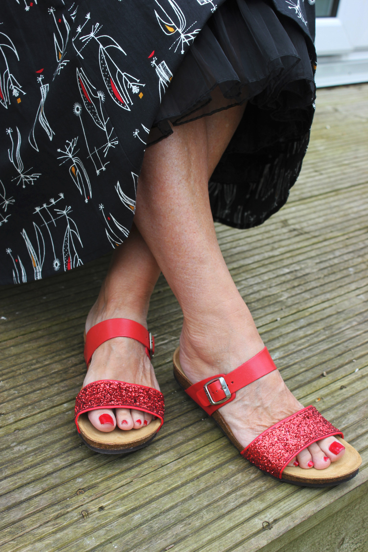 Moshulu sparkly sandals