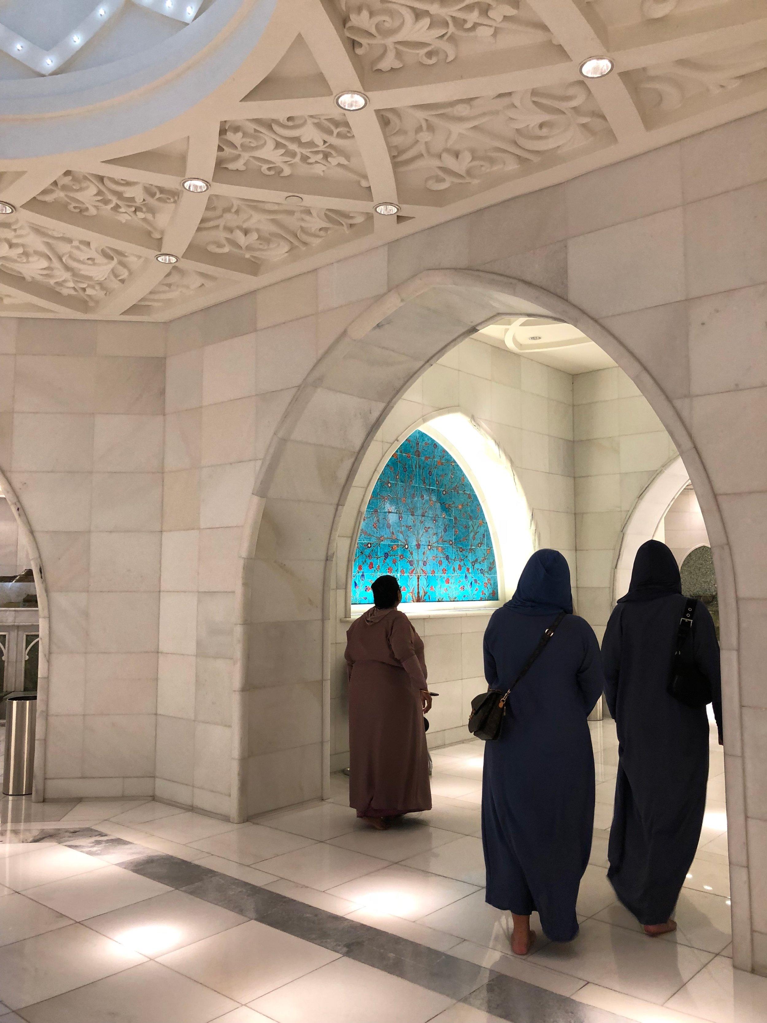 Sheikh Zayed Mosque (7).jpg