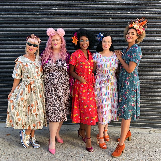 Just loved this shoot with @loveurlookclothing my favourite vintage style dress designer who is ethical,  celebrates diversity and finds the most amazing fabrics in India. What a wonderful group of women to pose alongside❤️I really must wear heels though - how short do I look next to my fellow models!!! Will let you know when the dresses are on sale. . . @velvet.jones @sandyamnshwz @rachgillettx @bethashleywriter . . . . . . #vintagestyle #vintagefashion #styleover50 #styleover60 #over60style #diversityinfashion #diversityandinclusion #bodydiversity #diversitymatters