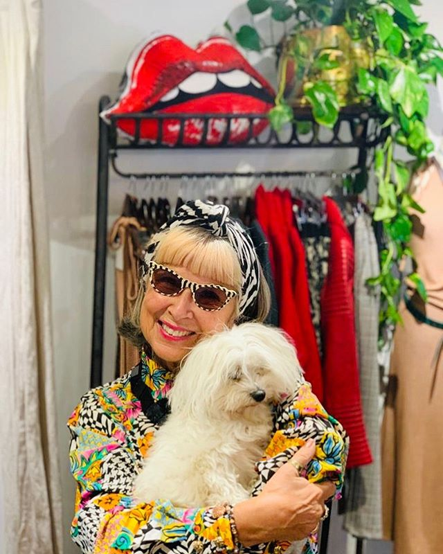Well, it's nearly the end of Second Hand September so just wanted to show you another one of my pre-loved buys plus my favourite dog Coco, Jack's girlfriend! . .  In my latest blog, link in bio⬆️, I share some of my favourite vintage and up-cycled clothes, and where I found them, to give you some inspiration for whatever season you're going into. Talk about bargains, you'll be amazed at some of the prices I paid for such unique pieces. . . Thank you @elifkoseofficial for taking such a great photo of your fur baby! . . . . . .  #advancedstyle #over60 #styleover60 #styleover50 #vintagesunnies #over60style #vintageframes #over50style #embraceage #vintagestyle #over55 #sustainablefashion #artinaging #upcycledclothing #slowfashion #secondhandseptember #recycle #doglove #dogsofinstagram
