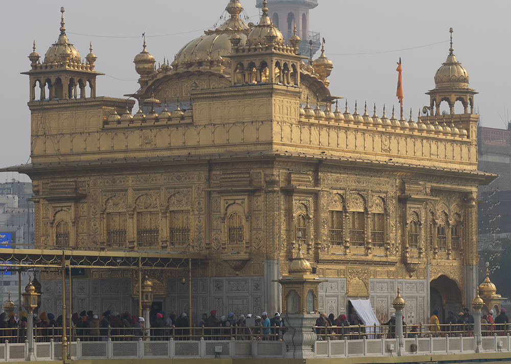 1. India Golden Temple.jpg