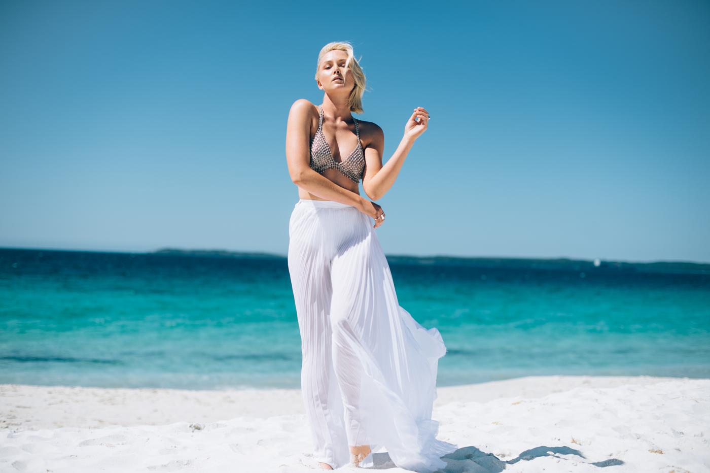 Liv-Rahme-Stylist-Christie-Nicole-SS15-2.png