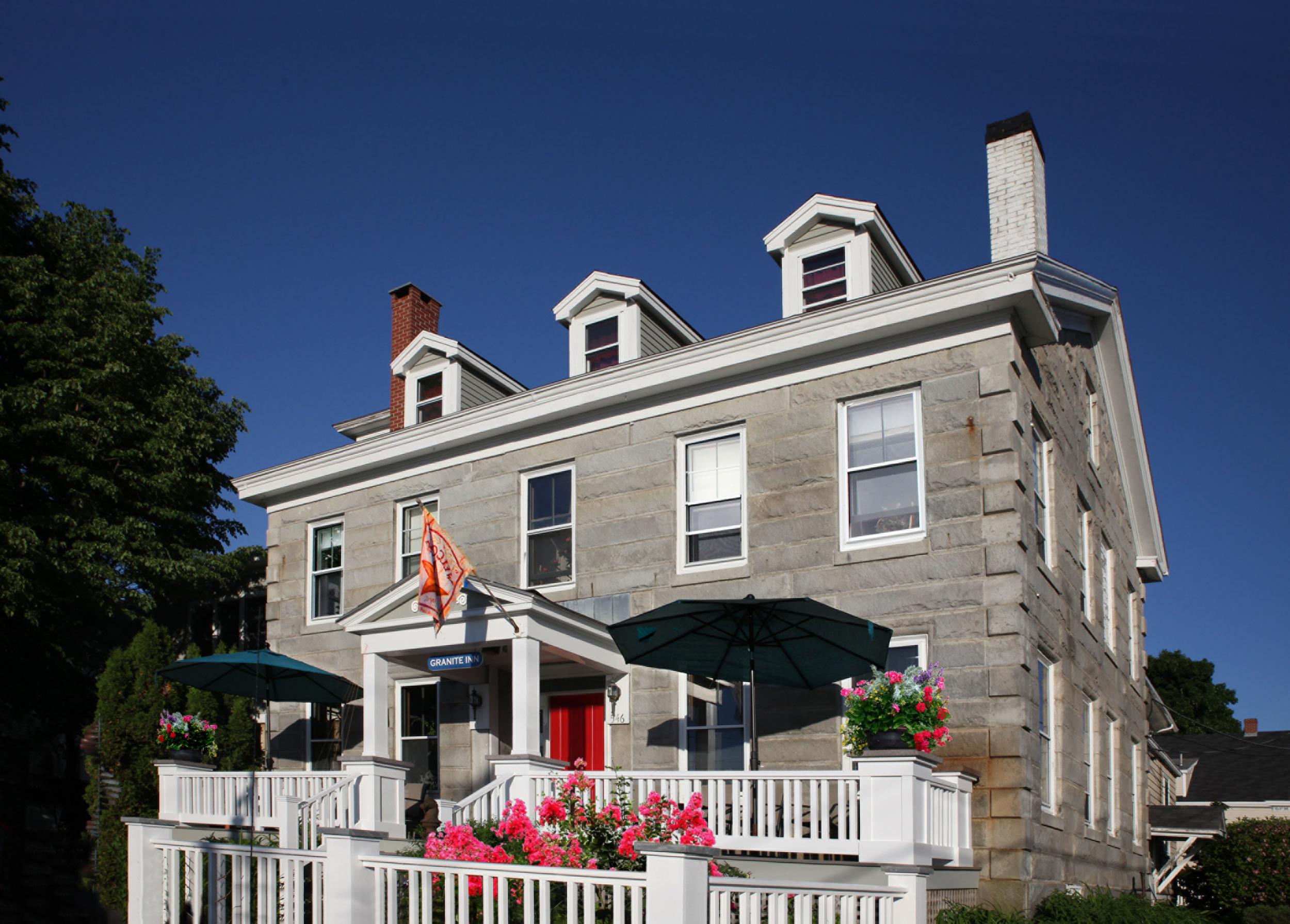 granite inn exterior '14.jpg