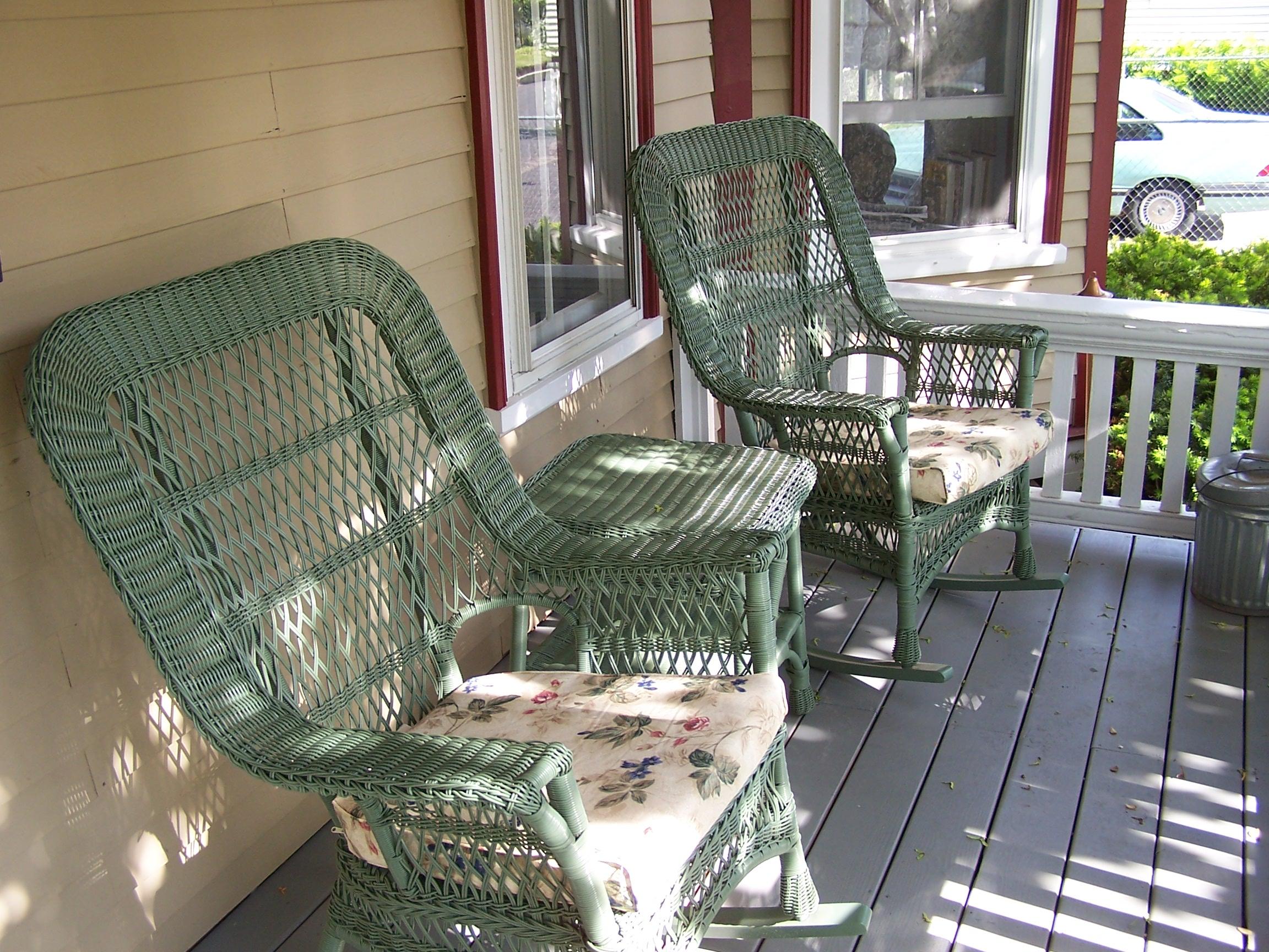 Aysgarth Front_porch.JPG