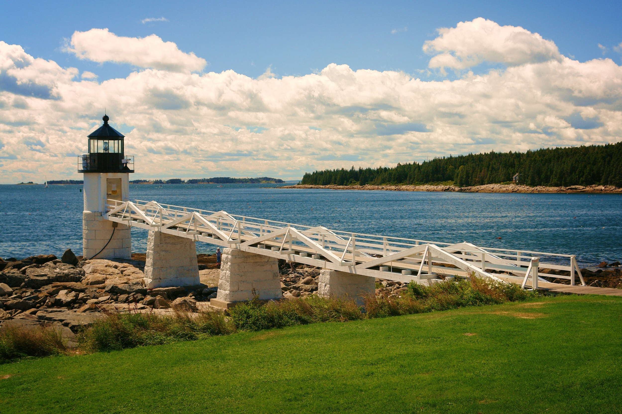 Your Maine vacation   Starts here    Meet the Inns