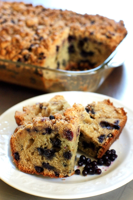 Blueberry Crumb Cake served made with fresh Maine blueberries at the LimeRock Inn. Photo by PJ Walter Photography.