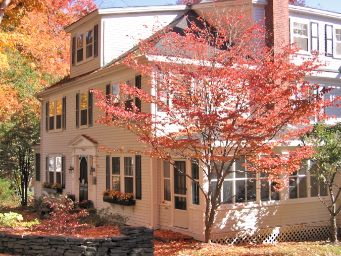 Fall foliage surrounds the Newcastle Inn.