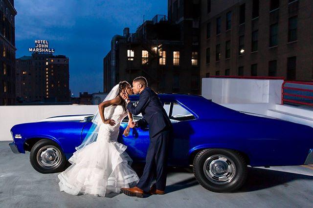 Sunday Shout Out to the wonderful husband and wife photography duo, Amanda & Eric Deibel of @amandabesideeric.  They captured our vintage New Orleans themed wedding so beautifully.  Wedding Photo Goals! 😍❤️😍