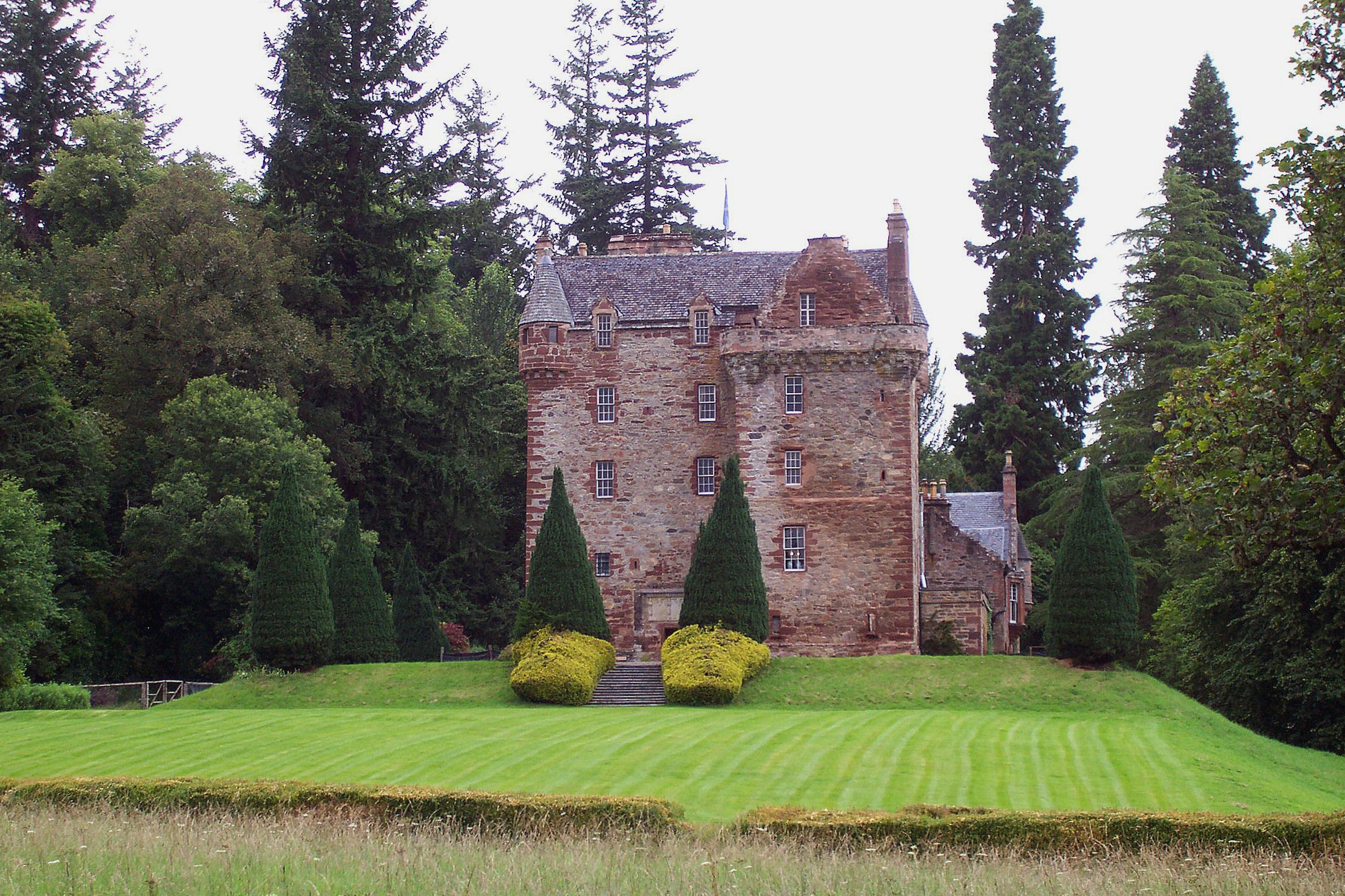 Castle_Leod.jpg