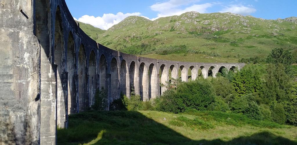 Glenfinnan_Viaduct.jpg