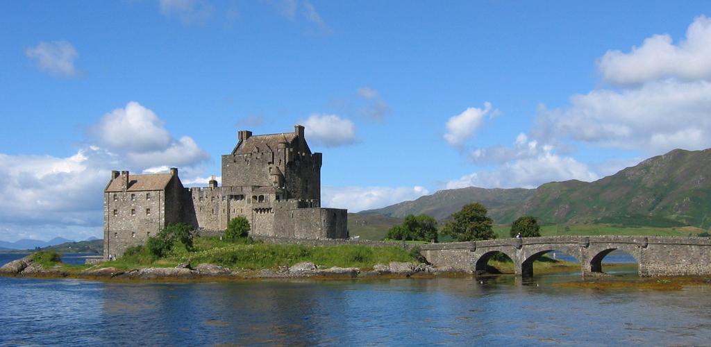 Eilean_Donan_Castle.jpg