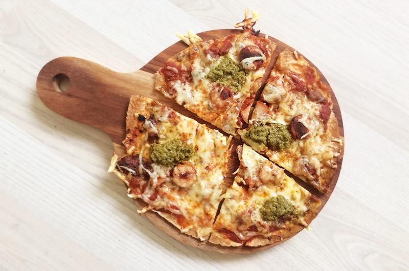 Enkel restepizza - trykk på bildet for oppskrift!