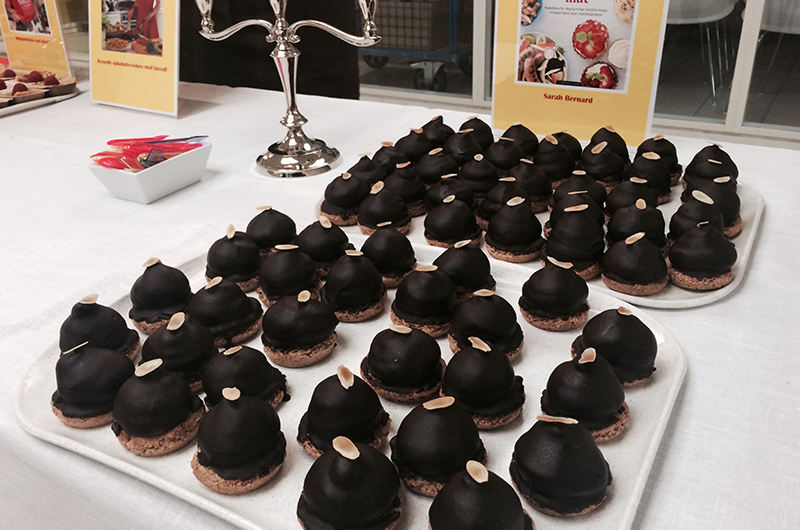 Svigemors oppskrift på lavFODMAP Sarah Bernhardt som er både laktosefri og glutenfri finner du i  LavFODMAP - Magevennlig mat.