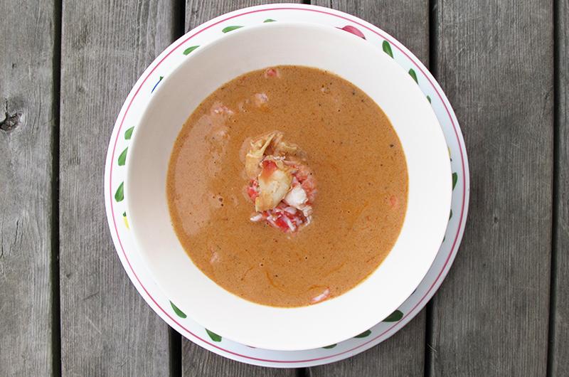 Skalldyrsuppe passer like godt om sommer som om vinter.Foto: Magevennlig mat v/Julia Edin