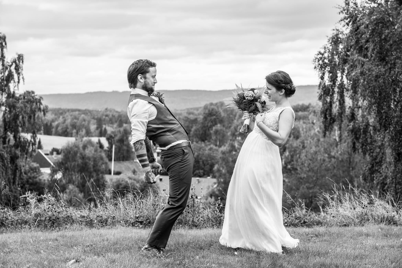 Tullebildet fra da vi giftet oss - foto: Øystein Orderud