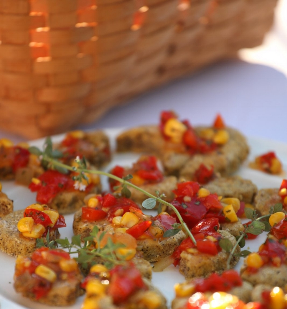 BRUSCHETTA OF SWEET CORN AND TOMATO ON YAM CAKES, GF