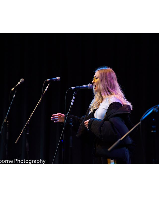 Documenting a University Live performance from LizaWhite ☺️ #photography #documentaryphotographer #photojournalism #liveperformace #gig #music #performance #photographer #photooftheday #gigphotographer