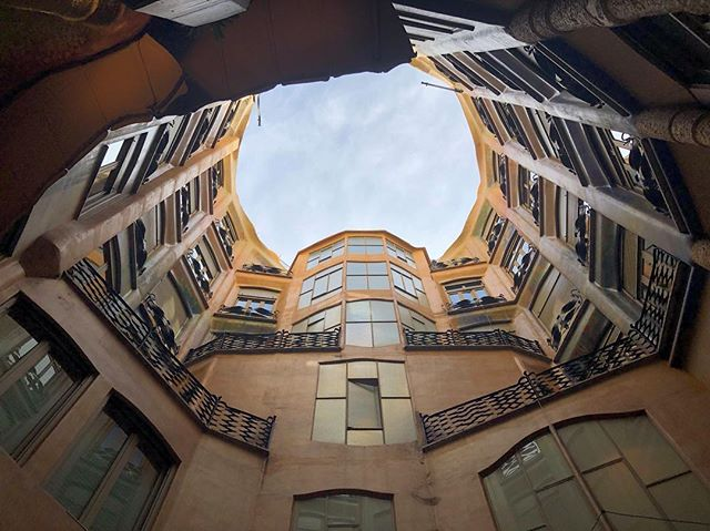 Enjoyed some of Gaudi's architecture whilst in Barcelona a few weeks ago! … …  #architectural #cityphotography #ptk_architecture #icu_architecture  #creative_architecture #arkiromantix #excellent_structure #lookingup_architecture #ig_architecture  #architecturedose  #agameoftones  #arkiminimal  #architectonics_world #archi_features  #art_chitecture #architecture_greatshots #archi_unlimited #skyscraping_architecture #archi_focus_on #architecture_view #diagonal_symmetry #arkiromantix #architecture_view #barcelona #gaudiarchitecture #lapedrera #casamila #barcelonaphotography #spain #espana
