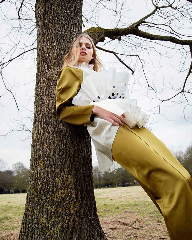 """Flounce Into Spring""  Model @grace_moffatt  Stylist @angelicastenvinkelstylist  MUA @laura.onea  Hair @hyensoogoh  Published in @dreamingless 🙏 #photography #fashion #highfashion #park #horse #commercialmodel #model #modeling #fashionblogger #vogue #london #streetstyle #streetwear #streetphotography #streetfashion #editorialphotography #vogue #picoftheday #ootd #makeuptutorial #makeup #summer #holiday #timwalker #londonbrand #girl #motivation #polishgirl #fashiondesigner #londonphotographers"