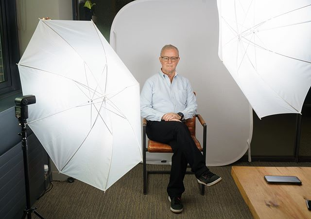 On Monday I shadowed and assisted @mcclintockpeter from @cbz.photography whilst he took headshots for Invenio Business Solutions. It was great to learn an easy and simply set up that I can apply with my own clients. Here's a few behind the scenes photos. Thank you peter for letting me tag along!  #photos  #photoshoot  #headshots  #office  #businesssolutions  #Sony  #setup  #lighting  #lightingsetup  #shadow  #assist  #clients  #flash  #behindthescenes  #freelance  #photography  #photooftheday  #business  #instadaily #instaphoto #instagood #onshoot #reading #berkshire #kirstymeredithphotography