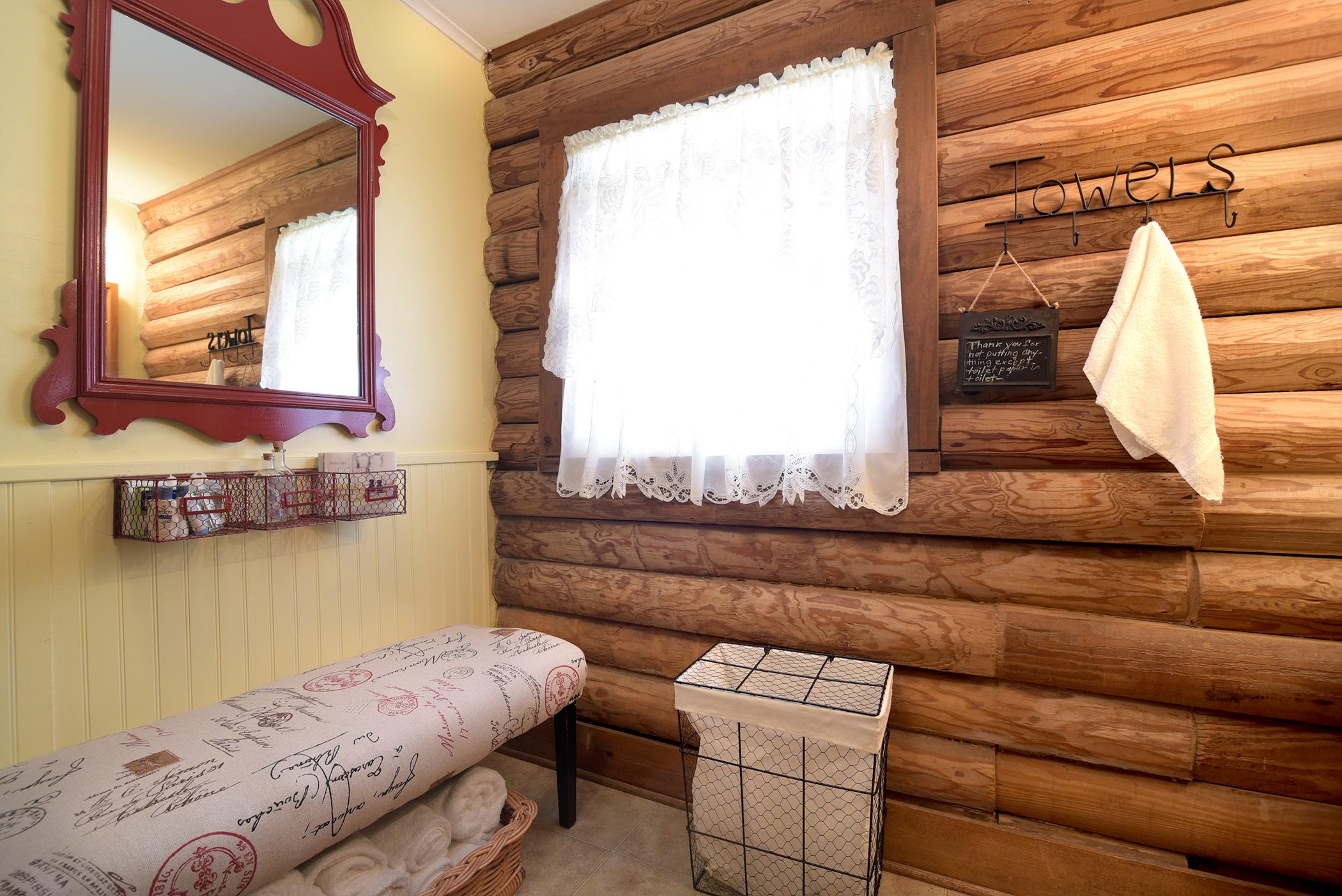 cabin-11.jpg