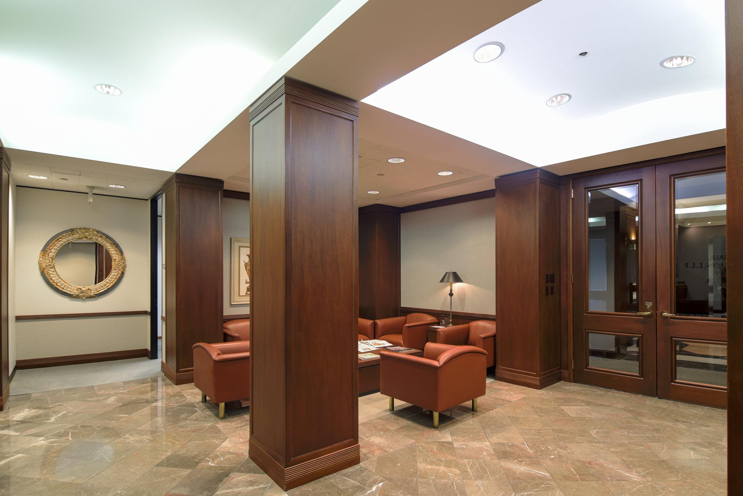 Interior 13.jpg