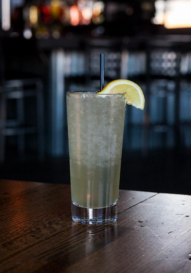 Peach Whiskey Lemonade