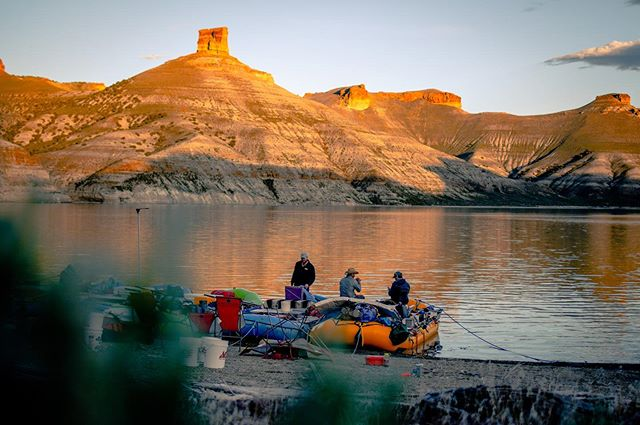 - @powell_150 - May 25th, Day 2, Flaming Gorge. . On day two, we linked up with Dr. Brandon McElroy who is a sedimentologist and geomorphologist who studies sedimentation rates in reservoirs. He kindly began the arduous task of towing our floatilla across Flaming Gorge in his custom made research vessel. We were so lucky to have so many people help out with this expedition. Huge thanks to Dr. McElroy . . . #powell150 #scree #usgs #flaminggorge #rafting #expedition #ourwild #uwyo