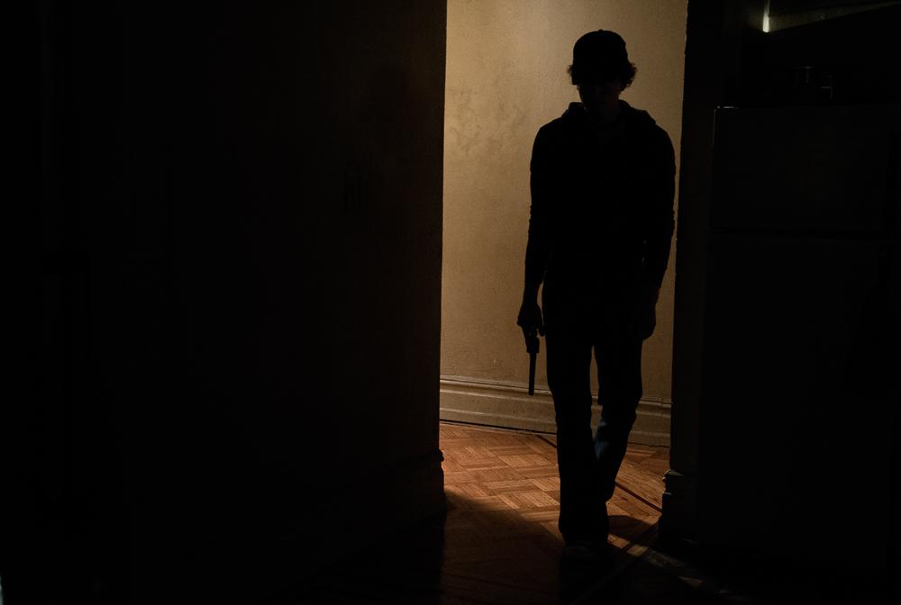 180525_Gabriels_Apt_Claire_Gabriel_Talk_Claire_shoots_Rob_Colin_kills_Claire_G_kills_Colin_00290_RT.jpg