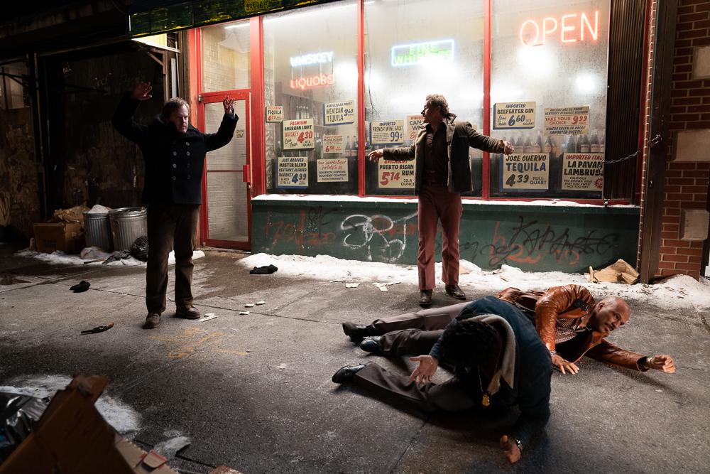 180615_Liquor_Store_42nd_ST_Sidewalk_00473_RT.jpg