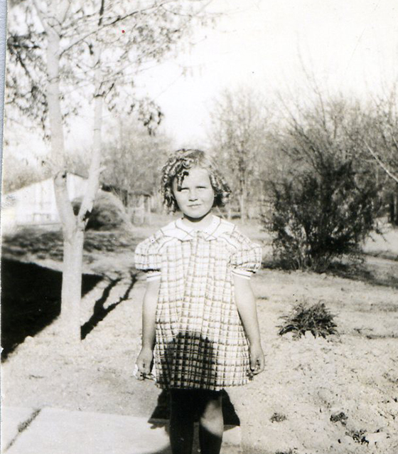 grandma knell child.crop