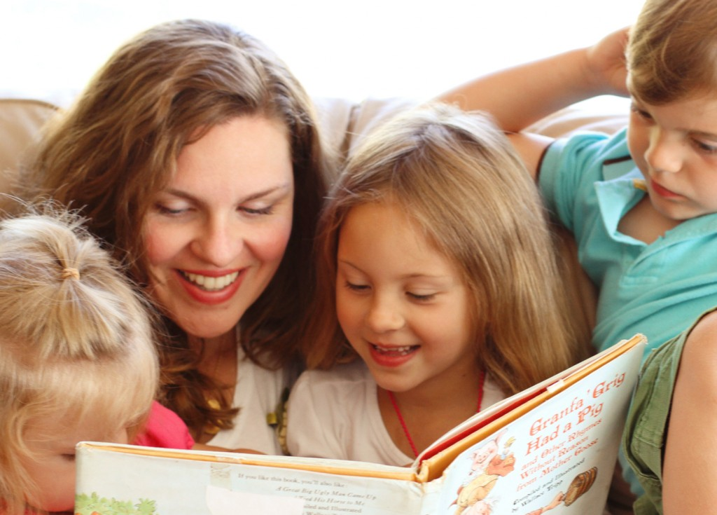 Mom-and-Kids-Reading-1024x735.jpg
