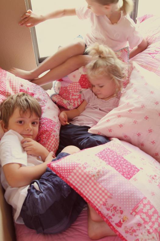 kids-and-pillows2.jpg