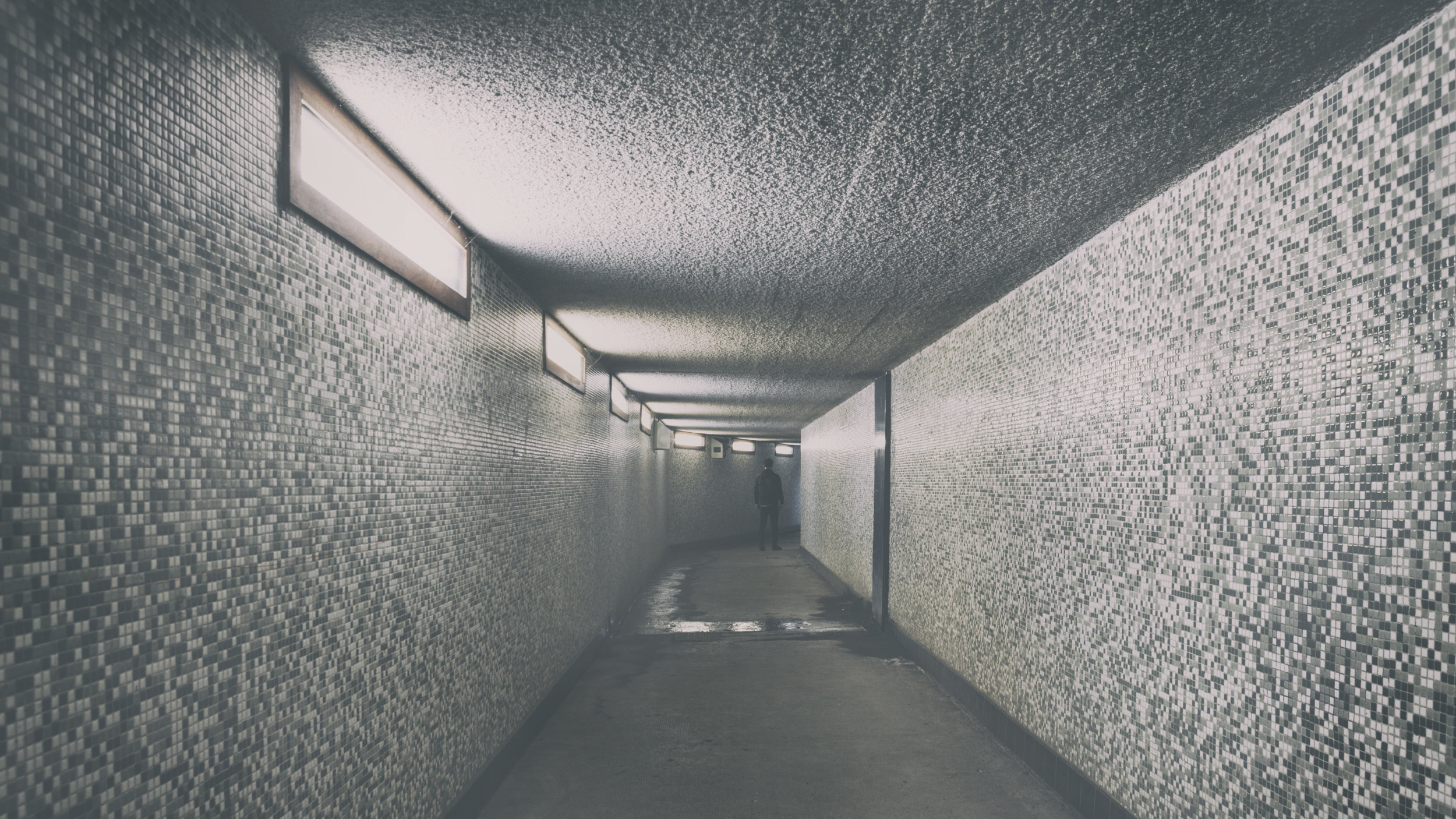 Fade Out (Tunnel).jpg