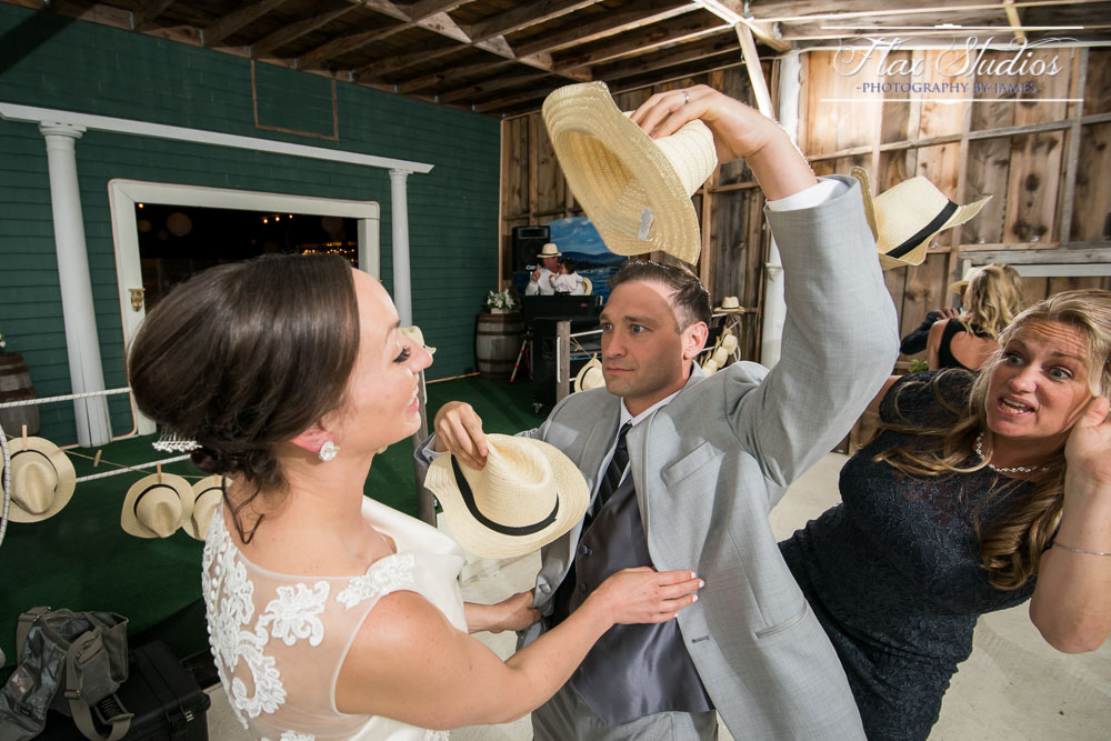 Fun Wedding Photos Flax Studios
