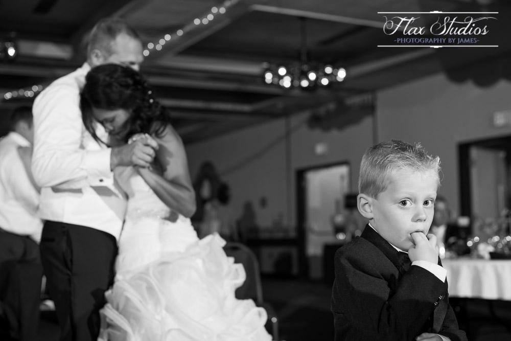 Cute Wedding Dancing Photos