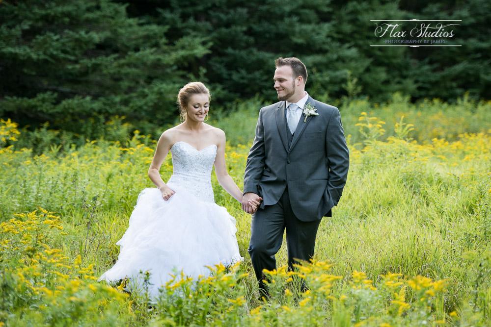 Wedding photos in tall grass