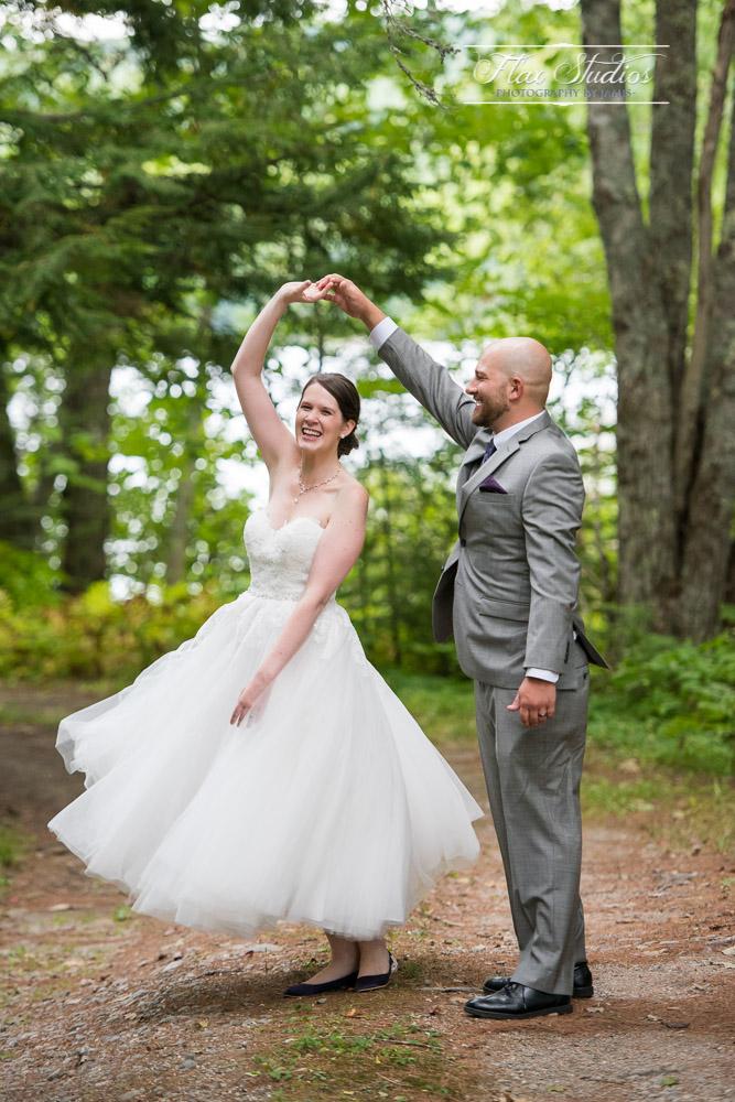 Whimsical Wedding Photo Ideas