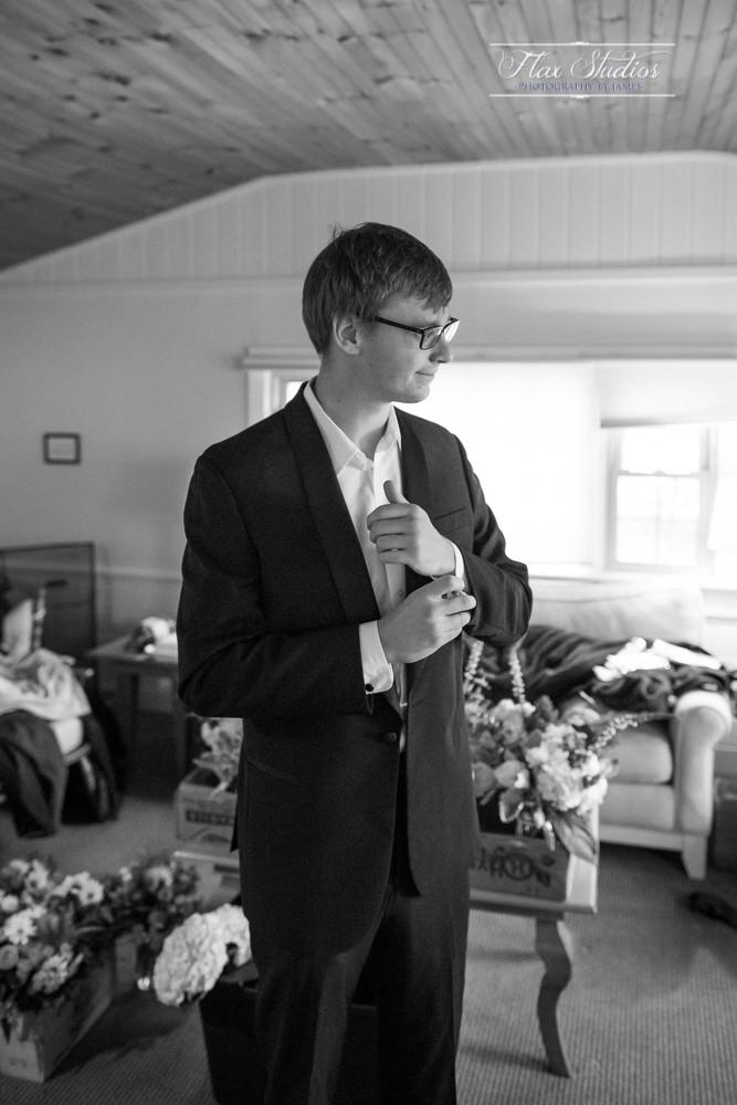 Spruce Point Inn Wedding Photographer-16.JPG