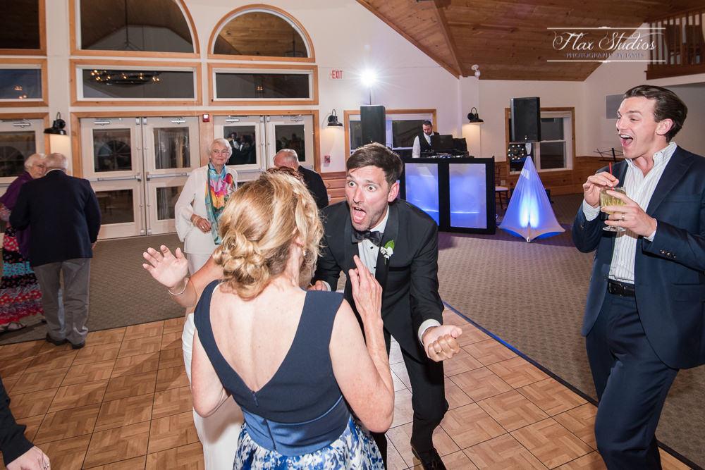 Spruce Point Inn Wedding Photographer-119.JPG