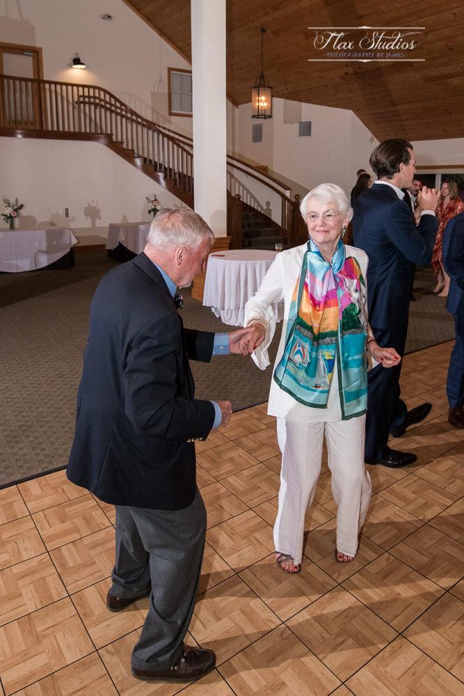 Spruce Point Inn Wedding Photographer-121.JPG