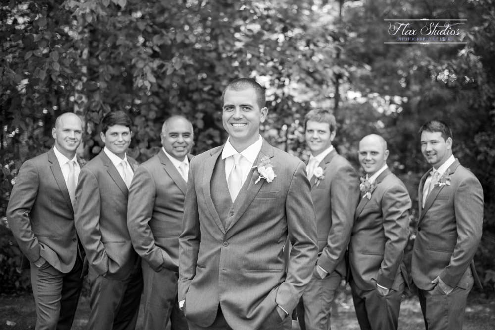 classic black and white groomsmen photos