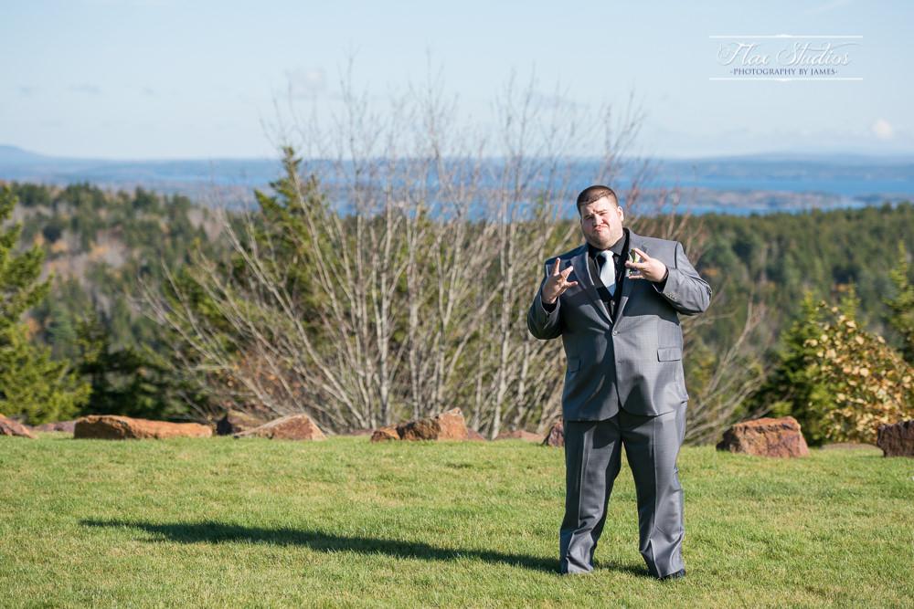 funny groom photos